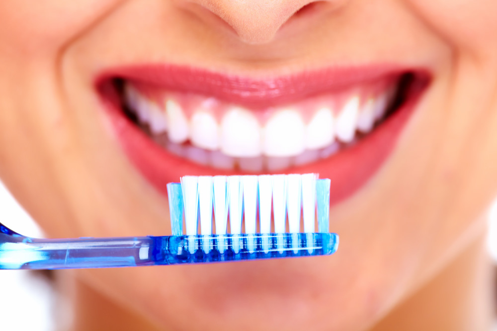 Teeth Cleaning in Pimple Saudagar